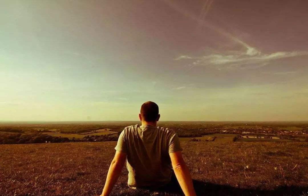 为什么如今越来越多的年轻人感觉到生活很丧?